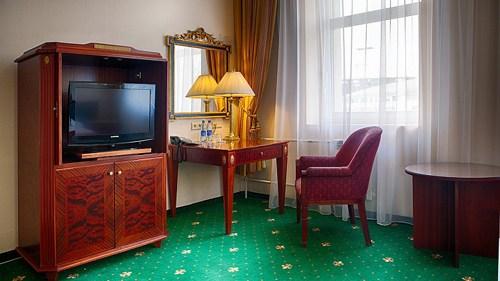 Размещение в гостинице Отель Парк Крестовский на период проведения семинара Амвэй
